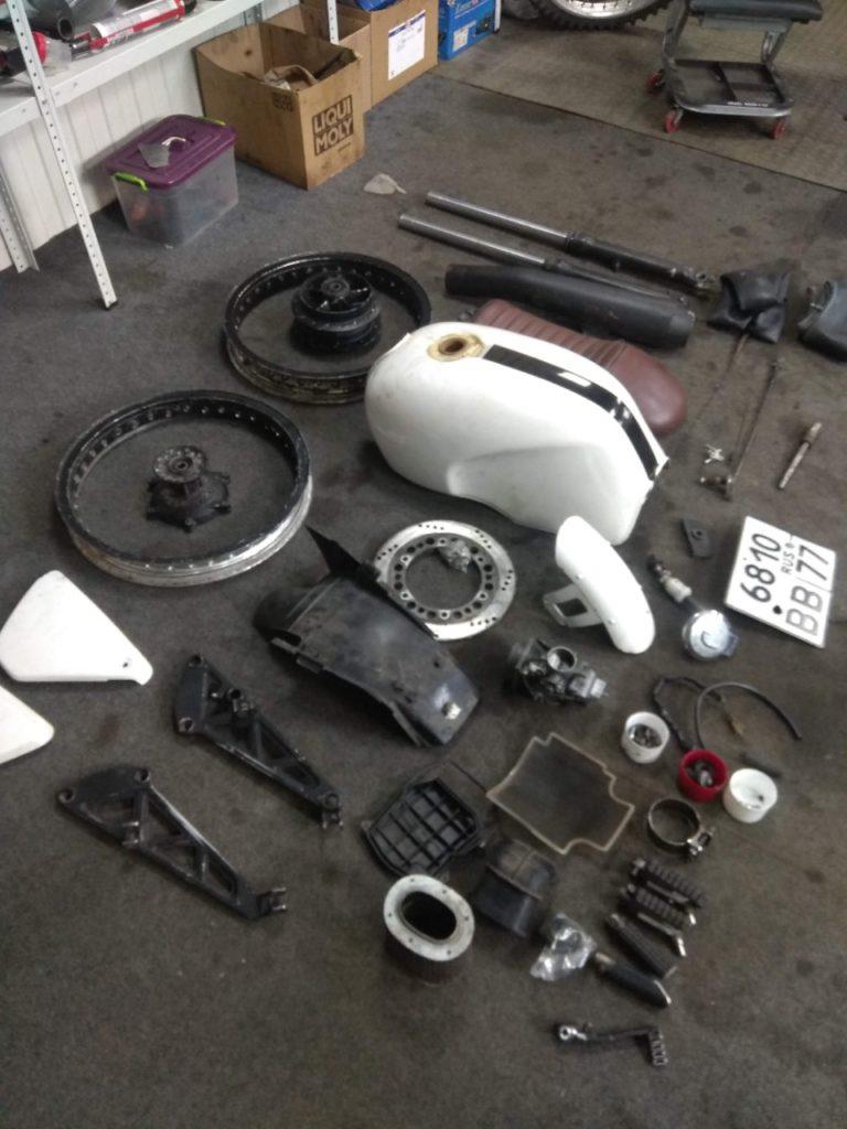 Ремонт и восстановление мотоцикла Honda GB 400. 1 часть